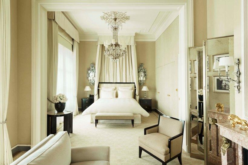Hotel Ritz, Suite Coco Chanel, 2017 © Vincent Leroux