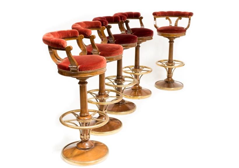Tabourets du Ritz Club, provenant du Ritz Paris © Artcurial