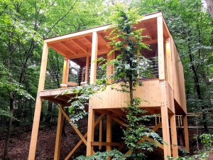 Treehouses Noszvaj_ChicAndCharm