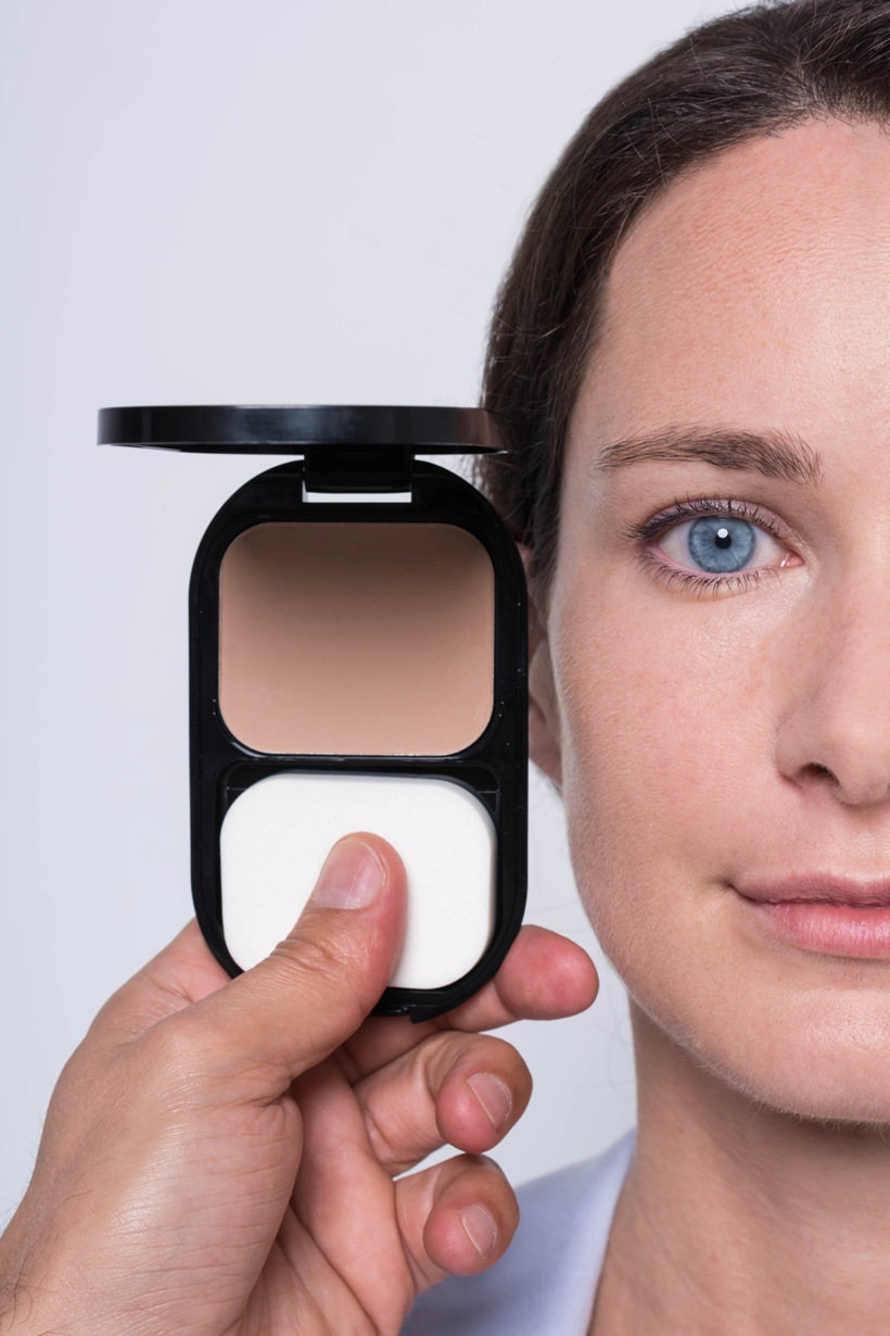 Max Factor_Facefinity Compact_ChicAndCharm