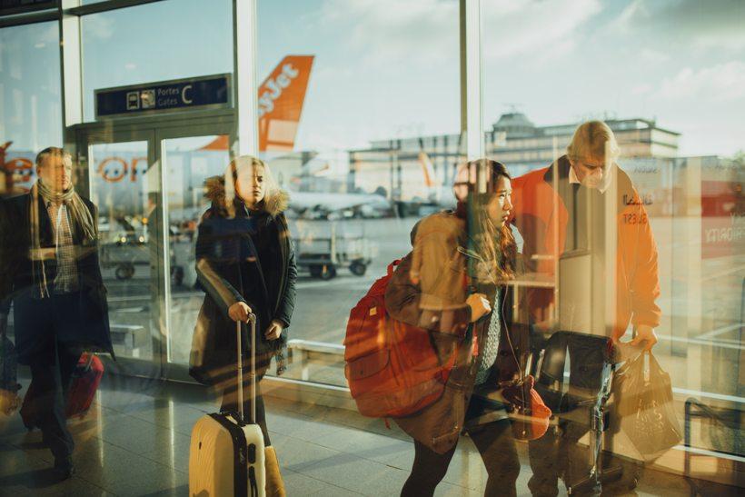airplane-airport-passengers-34631