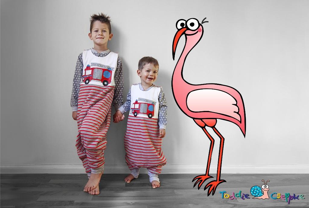 Bence+Milán flamingóval