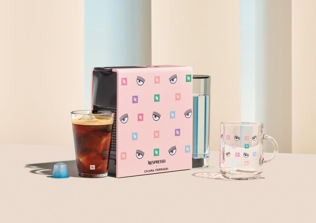 5 Nespresso x Chiara Ferragni Essenza Mini kávégép HR_edited