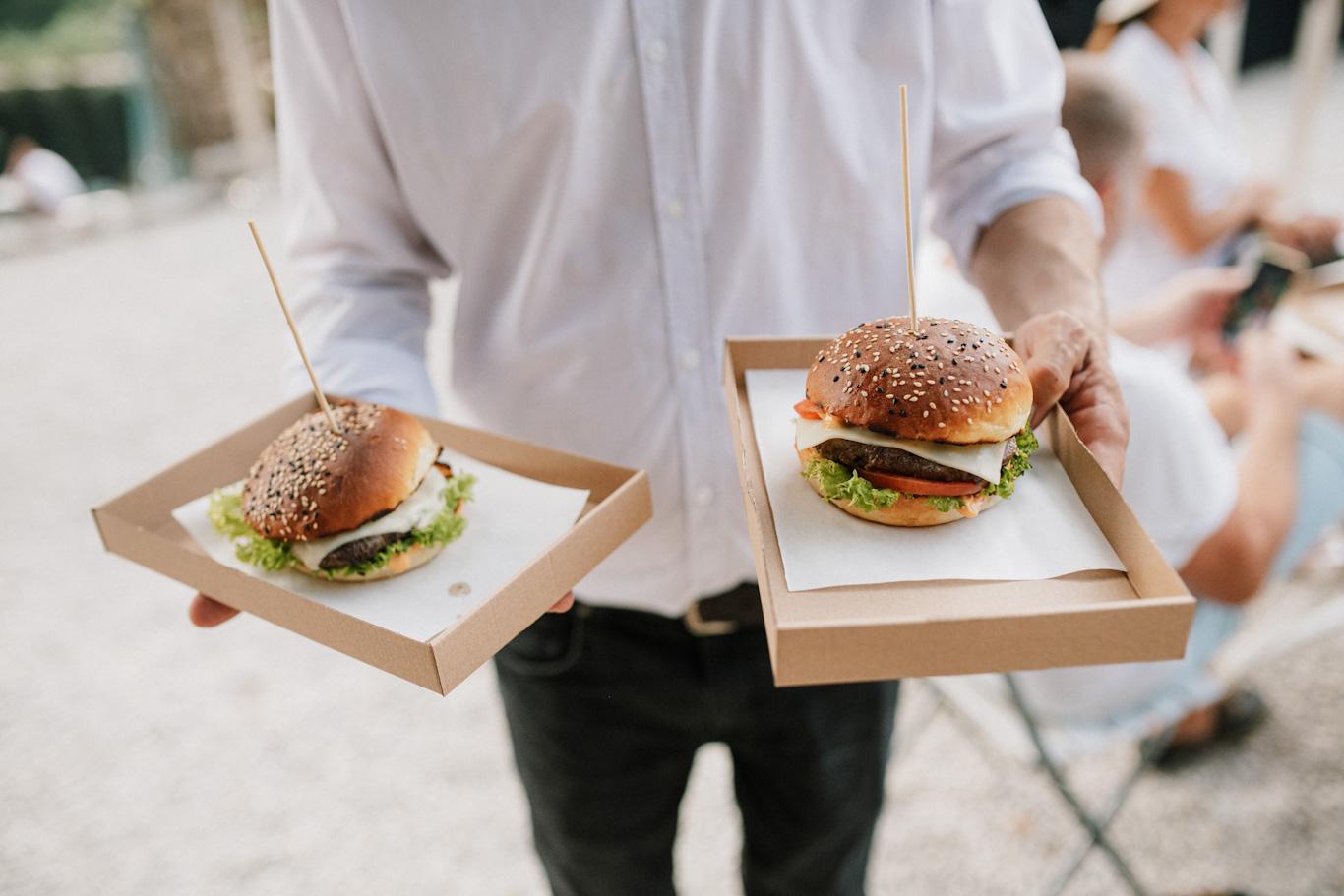 Costes burger