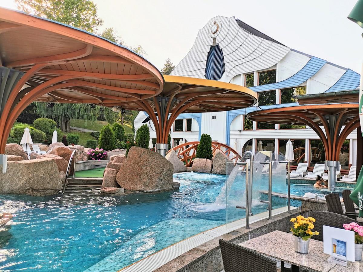 NaturMed Hotel Carbona élményfürdő2