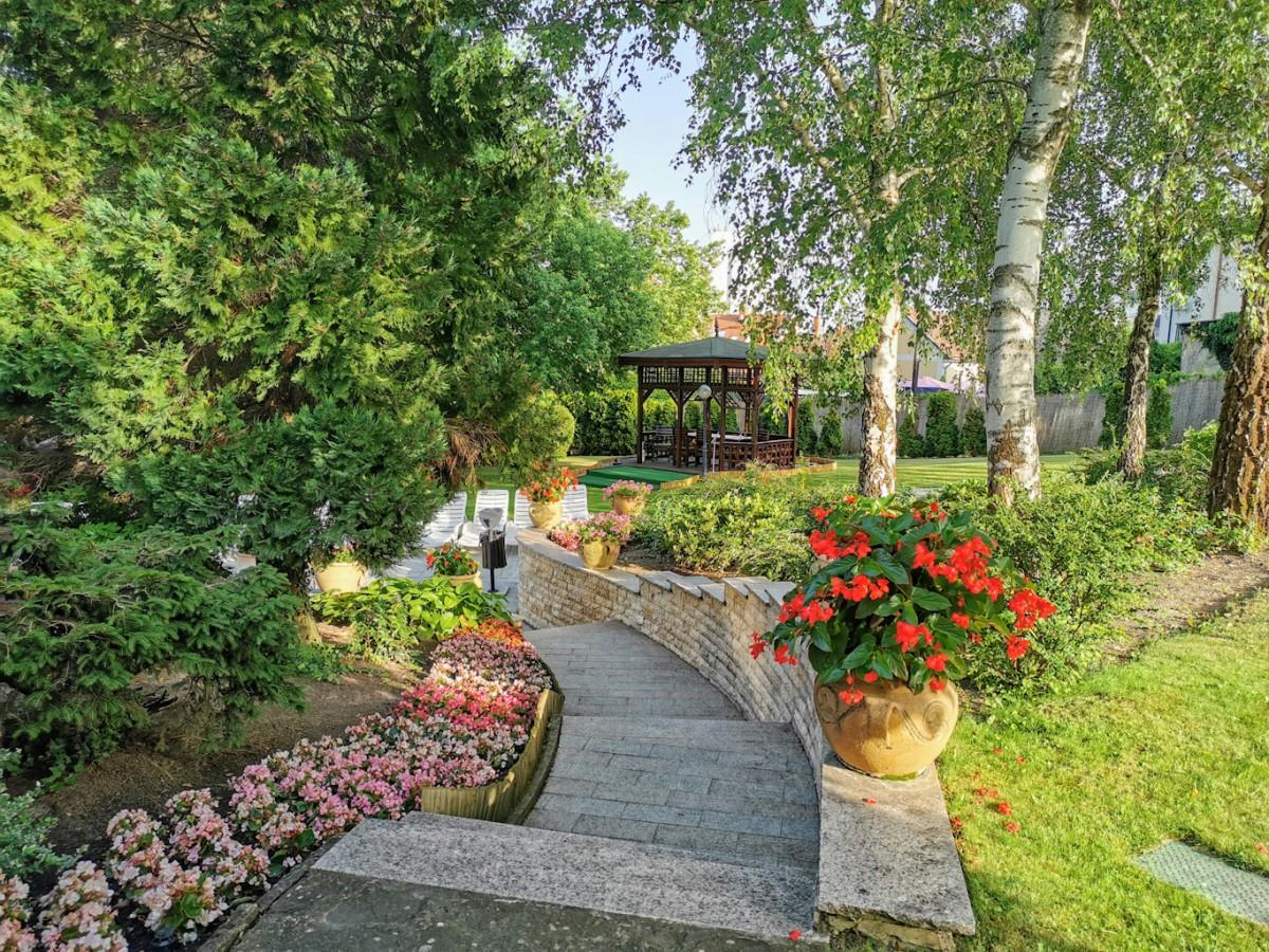 NaturMed Hotel Carbona park2